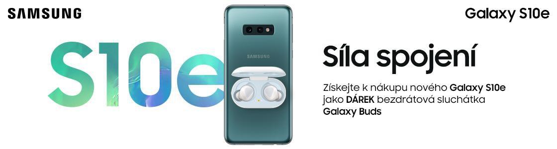 098e7a55a Získejte k nákupu nového Samsungu Galaxy S10e sluchátka v hodnotě 3 ...